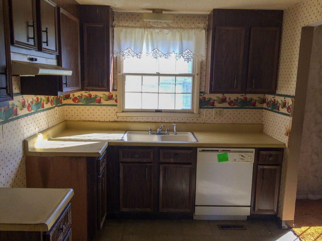Kitchen_Before_2